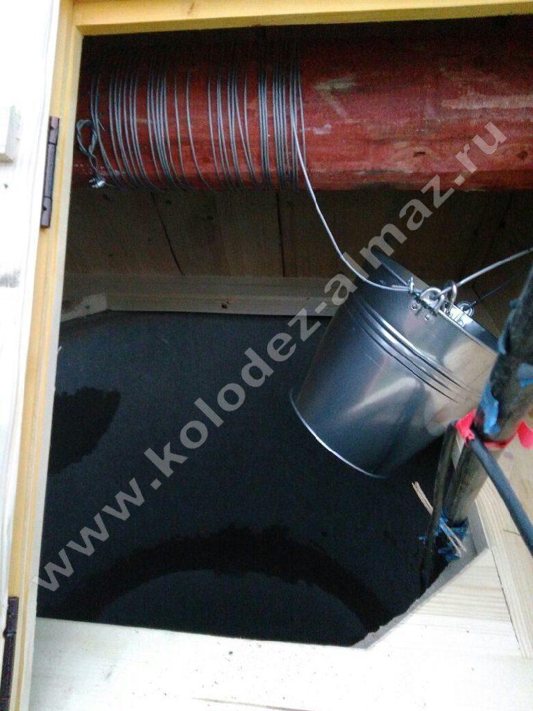 Как производится профессиональная очистка водного источника?