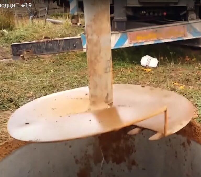 Копка колодца с помощью машинного бурения Волоколамск